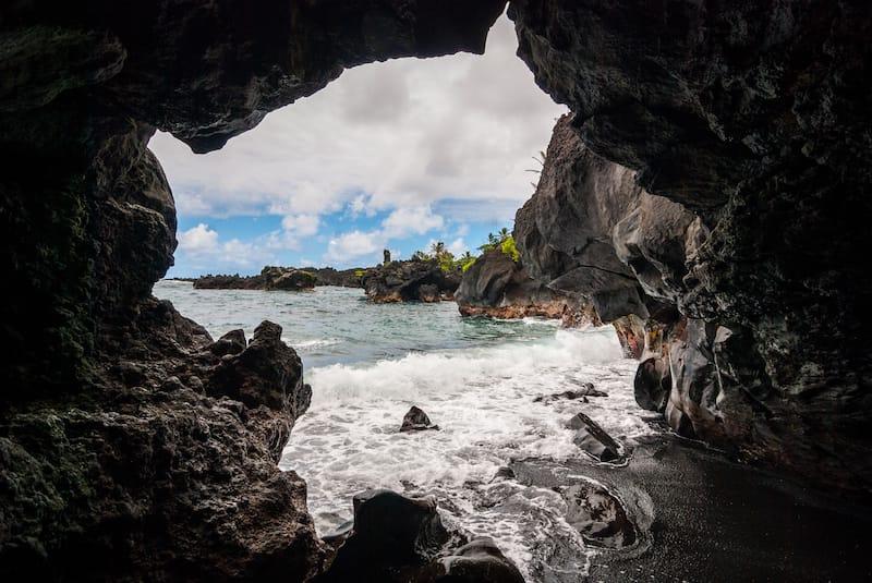 Wai'anapanapa State Park sea caves
