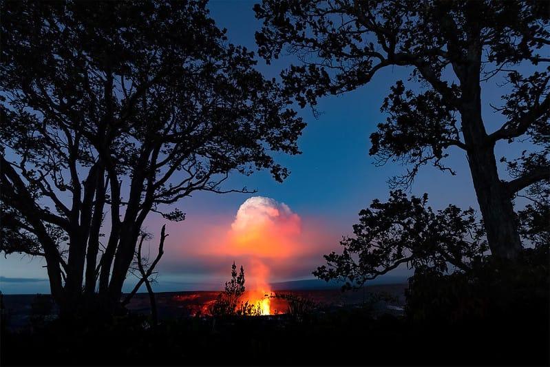 View from Kūpinaʻi Pali (Waldron Ledge) - Copyright free NPS Photo:J.Wei
